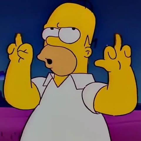Ir a la pagina de la plantilla Homero mostrando el dedo medio.