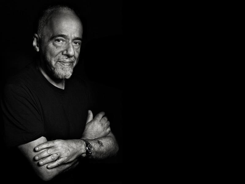 Plantilla de Plantilla de Paulo Coelho